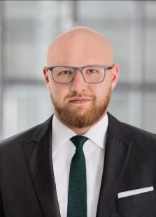 Stephan Schmitt - Geschäftsführer/Managing Partner
